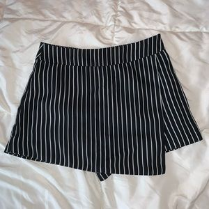 F21 Black & White Stripe Skort